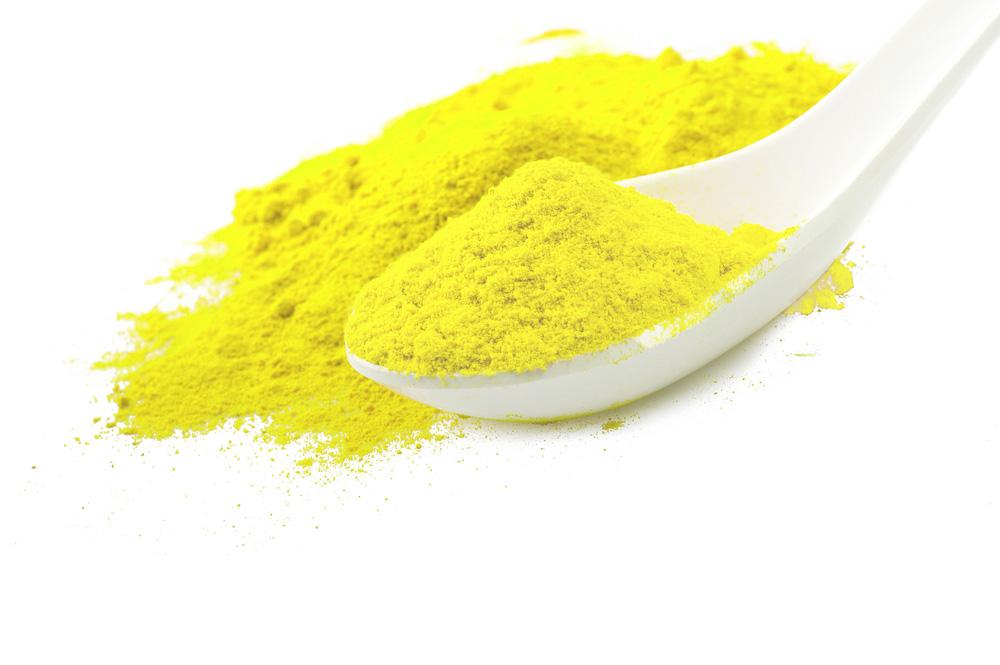 Trong tinh bột nghệ nguyên chất chỉ chứa tinh chất curcumin giúp kháng viêm, kháng khuẩn và tiêu diệt mụn nhanh chóng