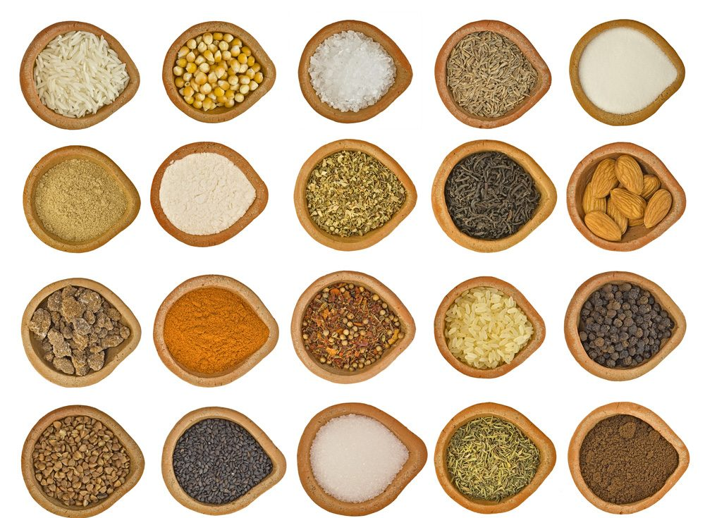 Tinh bột nghệ cùng một số nguyên liệu phối hợp tạo mặt nạ dưỡng da