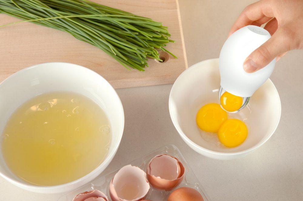 Lòng trắng trứng ít axit, là thực phẩm người bệnh trào ngược dạ dày thực quản nên sử dụng