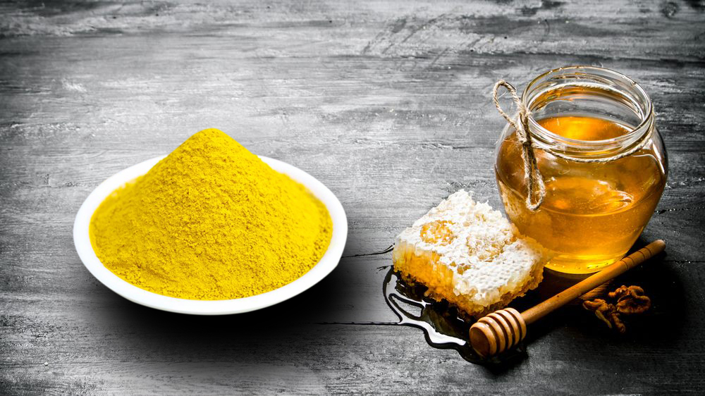 Kết hợp mật ong và tinh bột nghệ để sẽ có công thức trị thâm hiệu quả
