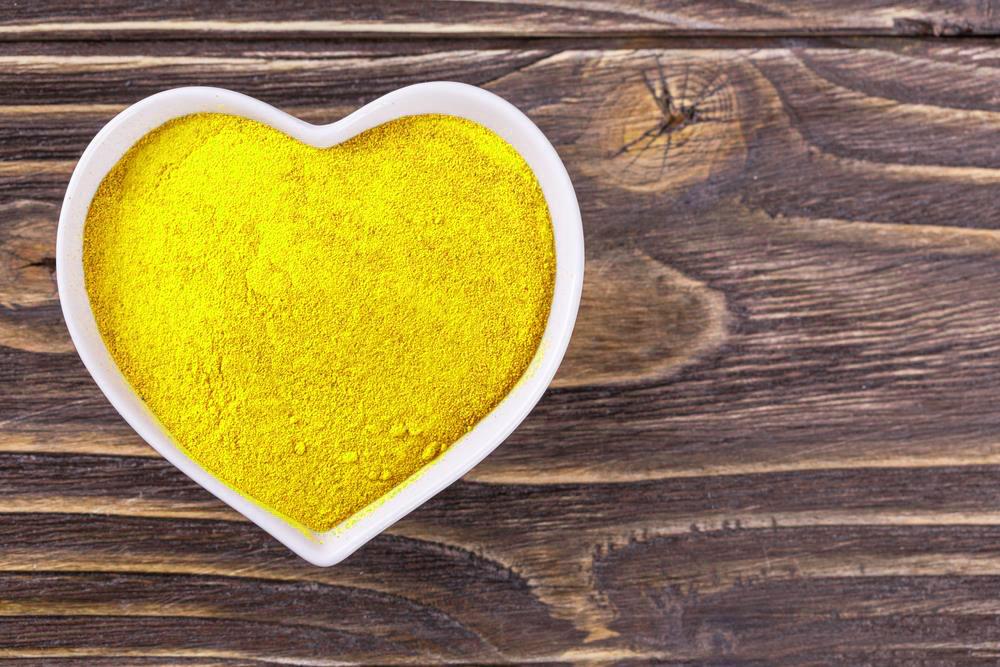 Tinh bột nghệ có công dụng cải thiện chức năng hệ tuần hoàn, hạn chế các bệnh tim mạch
