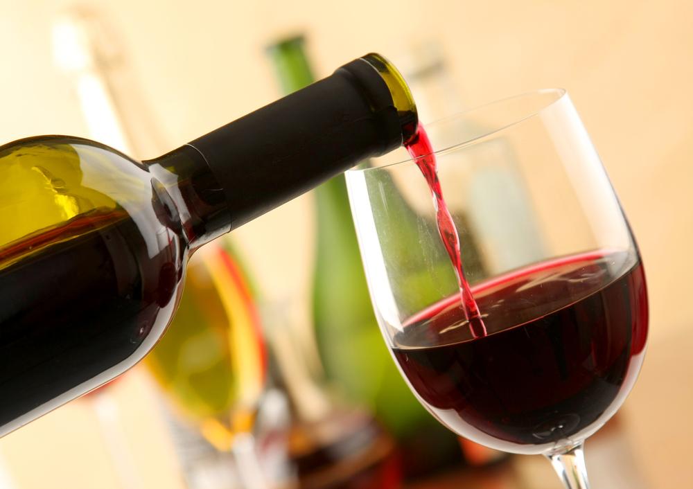Sử dụng rượu vang trị nám được nhiều phụ nữ đánh giá có kết quả tốt
