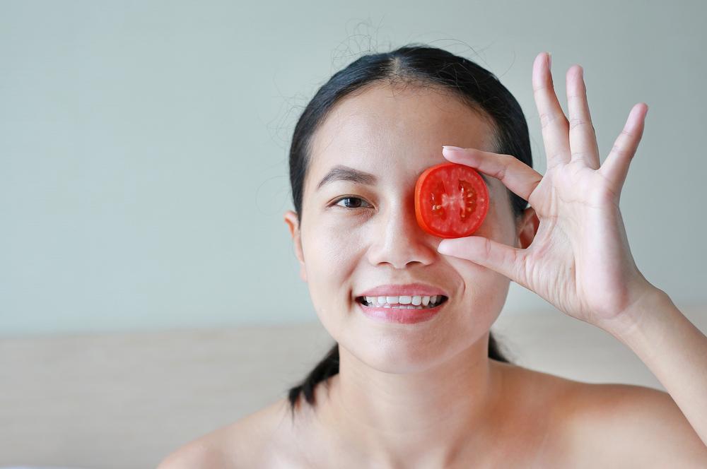 Mặt nạ cà chua giúp trị nám sau sinh hiệu quả
