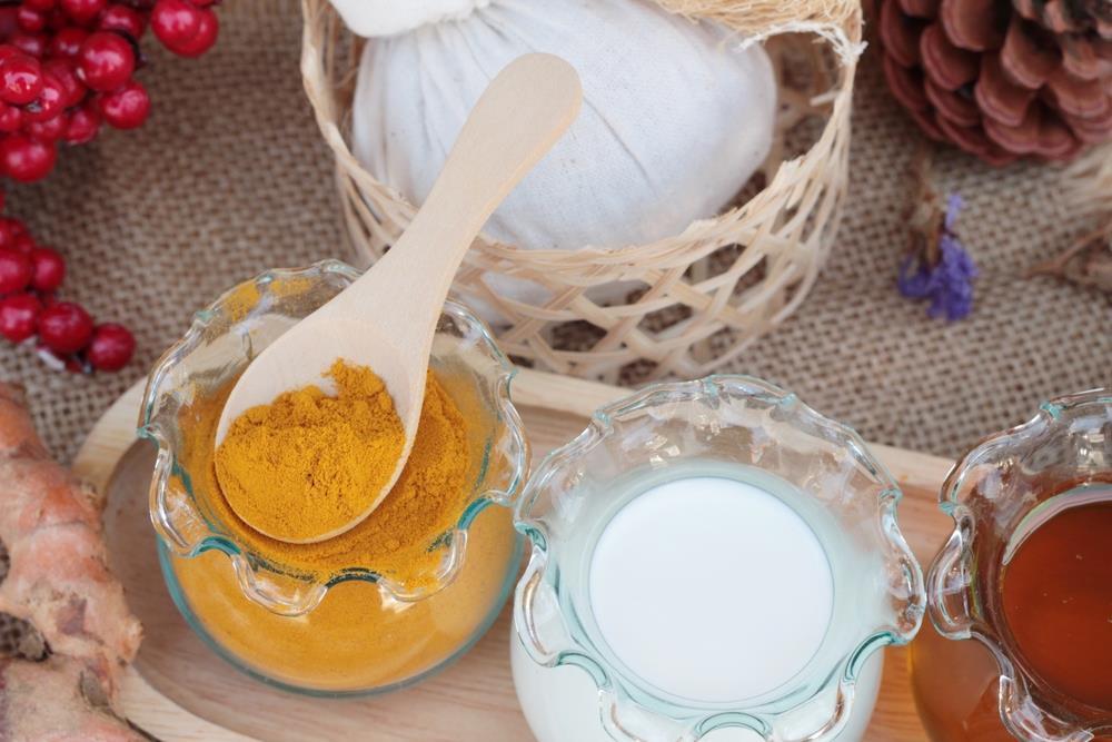 Mặt nạ tinh bột nghệ sữa chua phù hợp với nhiều loại da