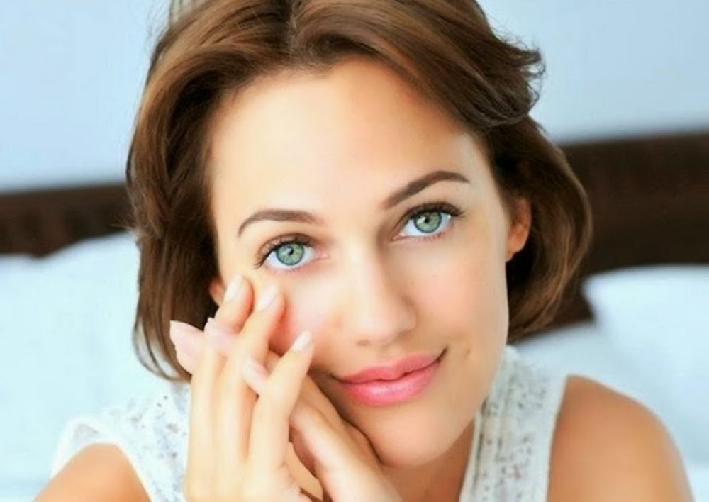 Tinh bột nghệ giúp cho làn da chắc khỏe, hồng hào, che mờ khuyết điểm